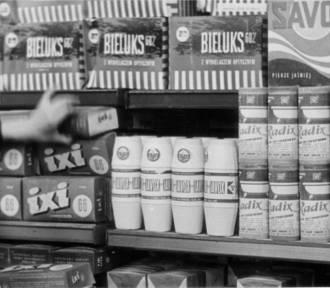 Co można było znaleźć na sklepowych półkach w PRL-u? [FOTO]
