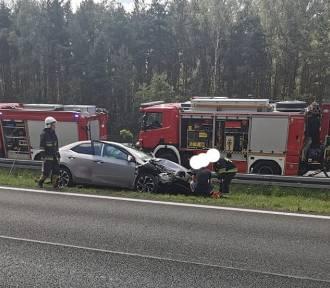 Wypadek na A4. Zderzyły się trzy samochody
