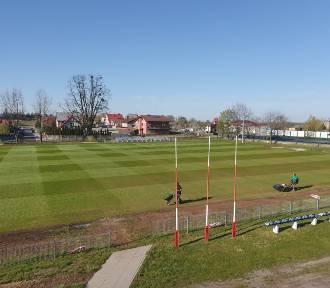 Międzybórz: Pozyskują pieniądze na remont boisk do piłki nożnej w gminie