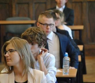 Matura z języka polskiego w Liceum Ogólnokształcącym [ZDJĘCIA]