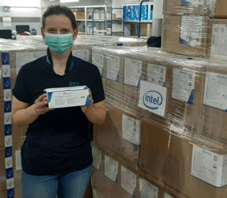 Intel pomaga szpitalom, szkołom i seniorom