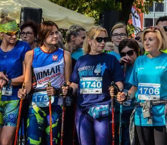 VIII Szamotuły Samsung Półmaraton. Marsz nordic walking [ZDJĘCIA]
