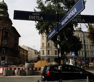Cenne znaleziska drastycznie opóźnią remont kluczowej ulicy