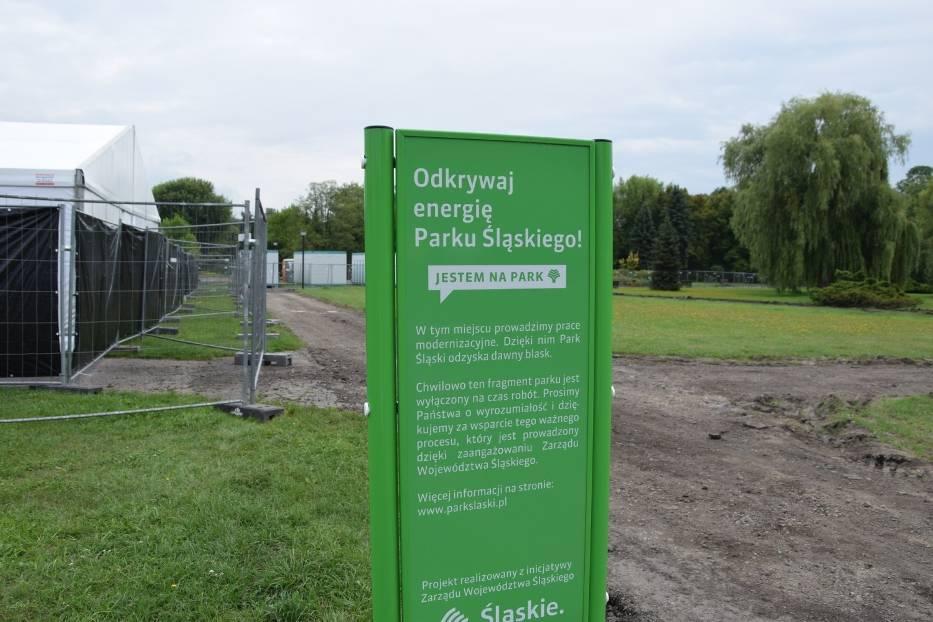 Trwa remont parkowych alejek