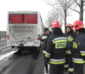 Wypadek autobusu 504. Są ranne osoby [GALERIA ZDJĘĆ]