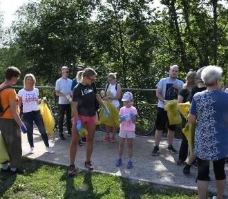 Kielczanie posprzątali wspólnie rezerwat Kadzielnia (WIDEO, zdjęcia)