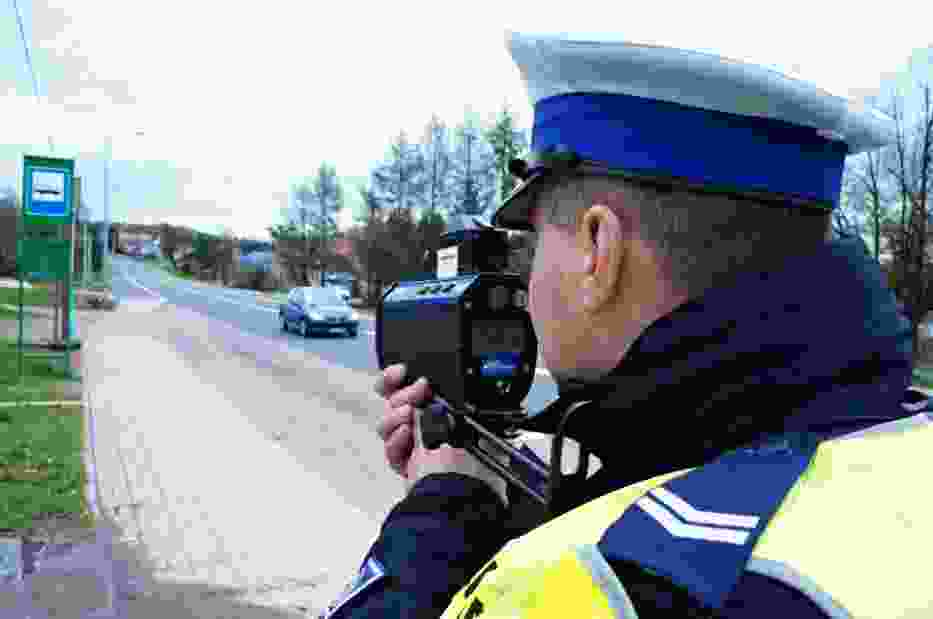 Policja w Jastrzębiu: 23-latek jechał autem za szybko