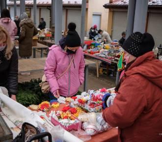"""Świąteczny """"Bazar na Starówce"""" powrócił na Burek [ZDJĘCIA]"""