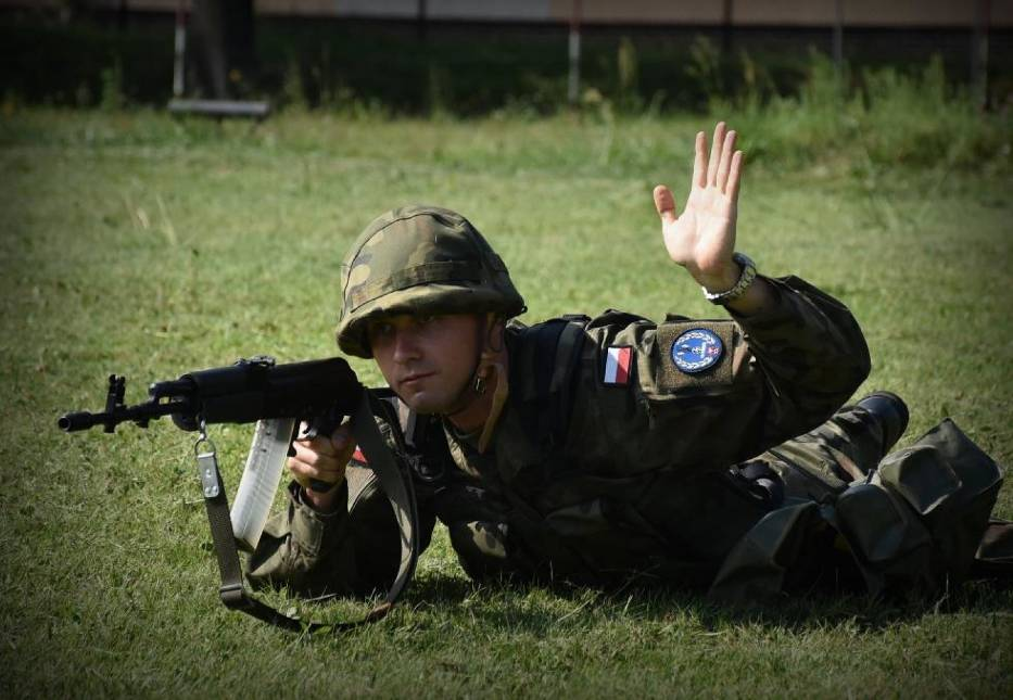 Szkolenie żołnierzy rezerwy w sieradzkiej brygadzie