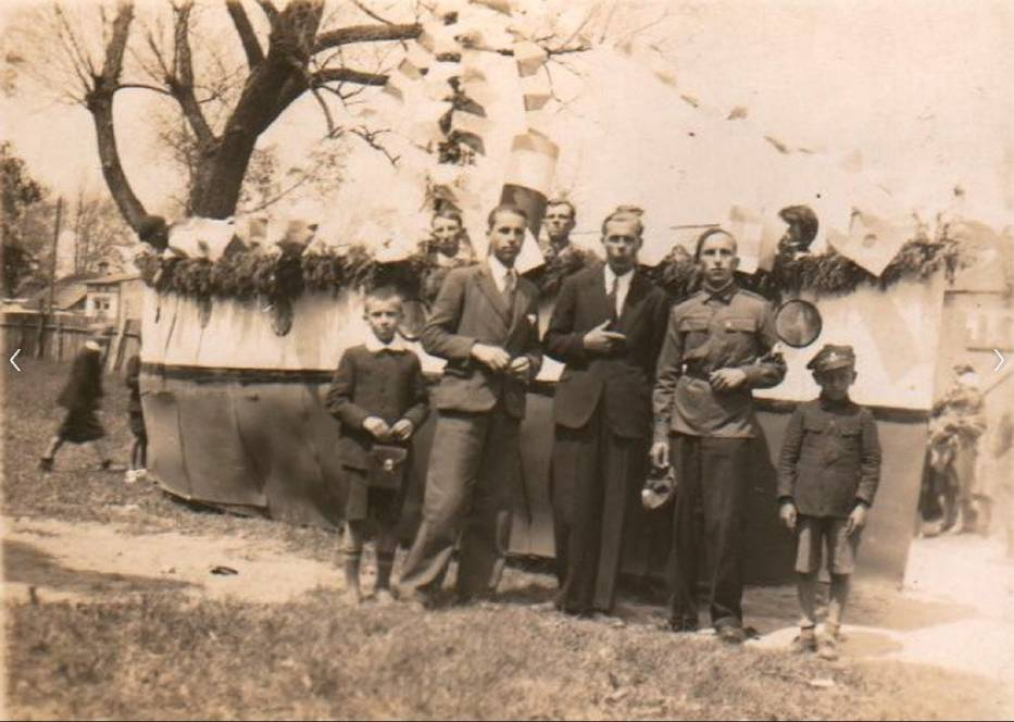 Zobacz niezidentyfikowane archiwalne zdjęcia z Włoszczowy