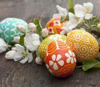 Pisanki. Jak pomalować jajka na Wielkanoc? [porady]
