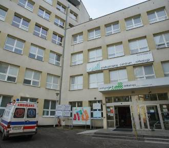 Poznań: Zakażony pracownik Wielkopolskiego Centrum Onkologii