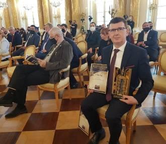 """Ostrowiecki Browar Kultury nagrodzony prestiżowym tytułem """"Modernizacja Roku"""""""