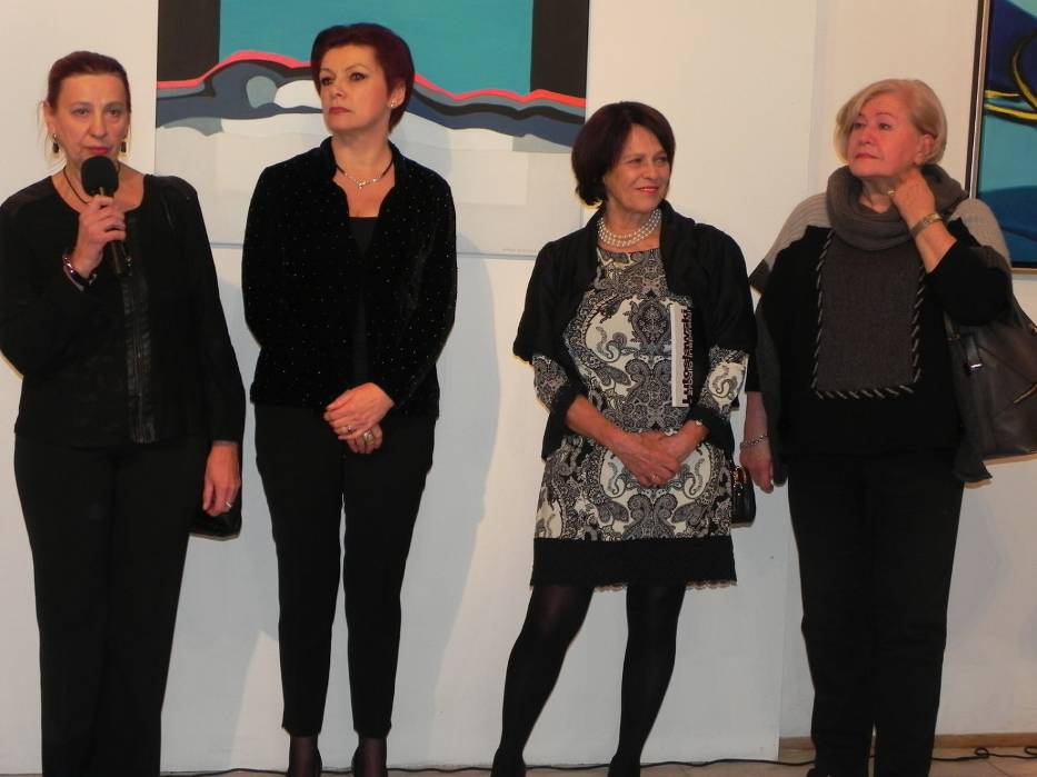 Otwarcie wystawy (od lewej): Wanda Badowska-Twarowska, Jolanta Chwałek, Anna Forycka-Putiatycka, Bożena Kociołkowska