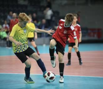 Młodzi piłkarze walczą po raz 20 o Puchar Marszałka (ZDJĘCIA)