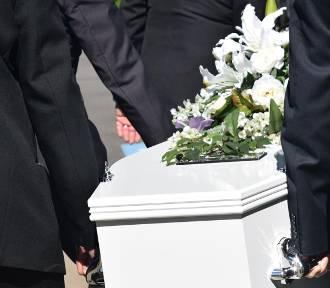 Ile pieniędzy wypłaca ZUS za śmierć najbliższego członka rodziny? Zobacz zestawienie