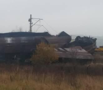 Wykolejenie pociągu w Raciborzu Markowicach. Wagony usunięte z torów [ZDJĘCIA]