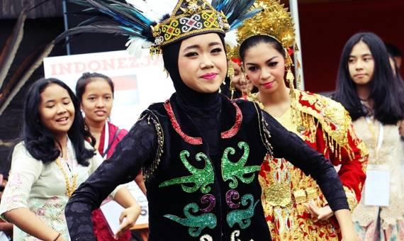 Rozpoczął się Międzynarodowy Festiwal Folkloru [ZDJĘCIA]