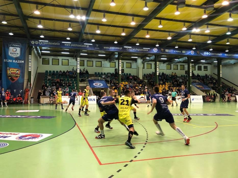 Piłkarze ręczni Energa MKS Kalisz zwyciężyli w Piotrkowie