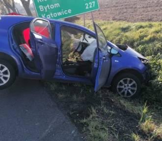 Śmiertelny wypadek na drodze krajowej. Nie żyje 77-letni kierowca