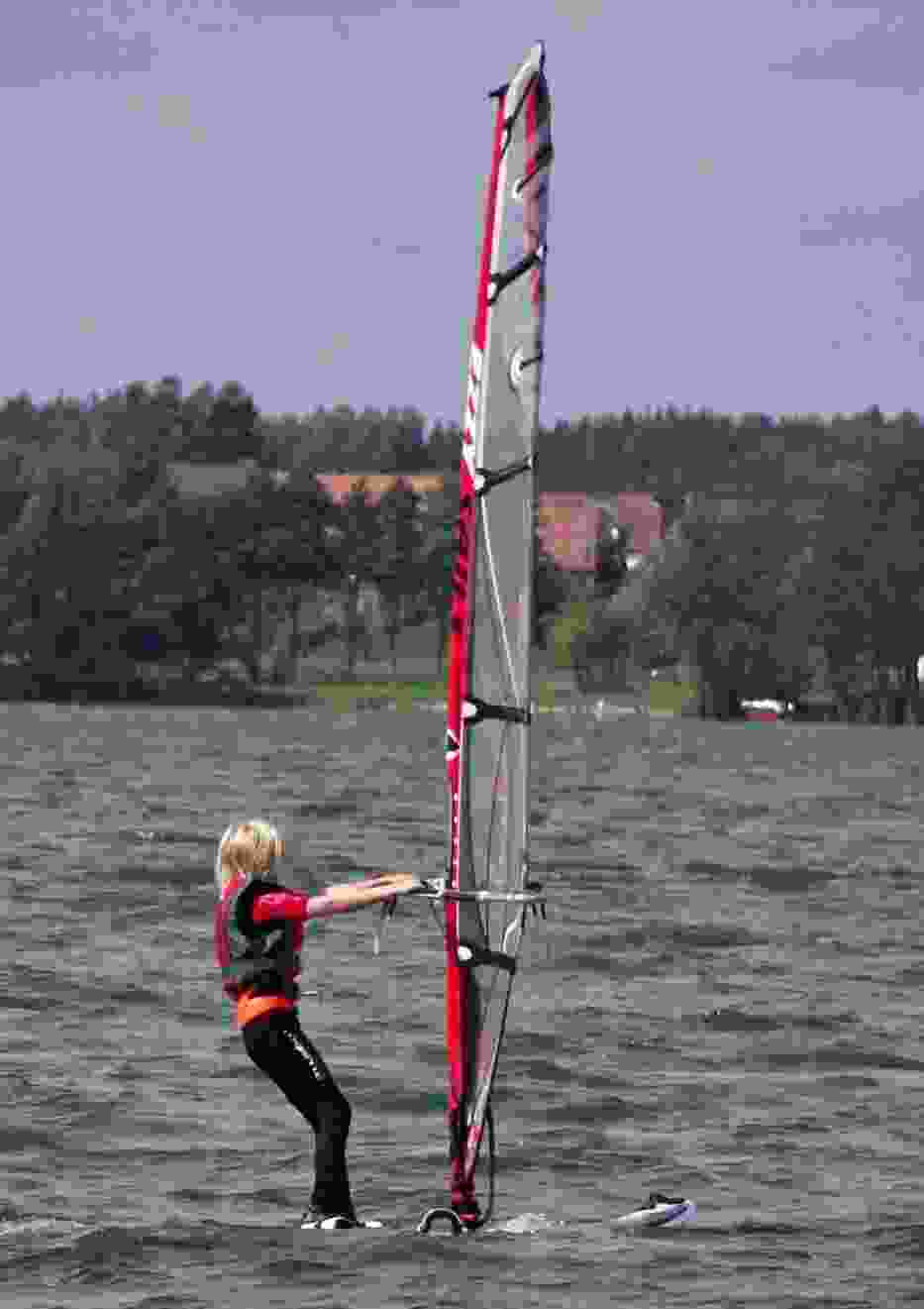 Mieszkając nad jeziorem, koniecznie trzeba uprawiać sporty wodne