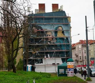 Na Jeżycach powstaje nowy mural. Co przedstawia?