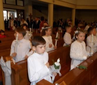 Komunia  w parafii na Mijaczowwie ZDJĘCIA