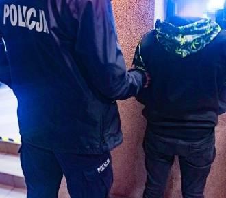 18-latek dźgnął nożem 58-latka, który zwrócił mu uwagę, aby nie kopał samochodów