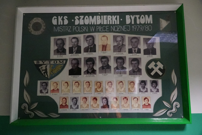 Szombierki Bytom to mistrz Polski z 1980 roku, który rok 100-lecia powstania zakończył jako lider IV ligi i finalista Totolotek Pucharu Polski Podokręgu Bytom