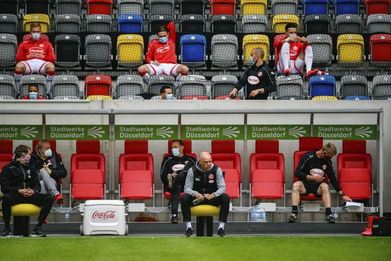 Niemiecka piłka wróciła po przeszło dwóch miesiącach przerwy