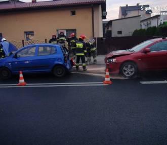 Wypadek w Nakle Śląskim. Zderzenie samochodów, jedna osoba ranna