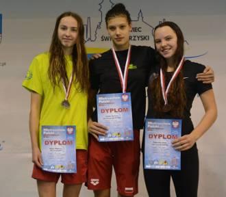 Oleśnica. Srebrny i dwa brązowe medale na Zimowych Mistrzostwach Polski w pływaniu