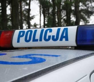 Wypadek na Jana Pawła II. Motocyklista w szpitalu