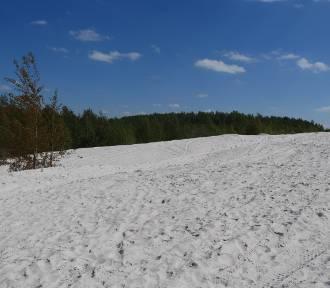 Bajkowe białe piaski na Dolnym Śląsku. Polskie Malediwy czy niebezpieczny teren?