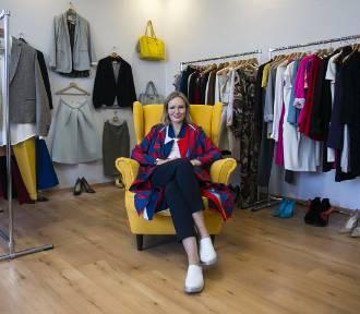 Celebrity2use – ekskluzywny second-hand, w którym kupując ubrania od gwiazd, pomagasz innym