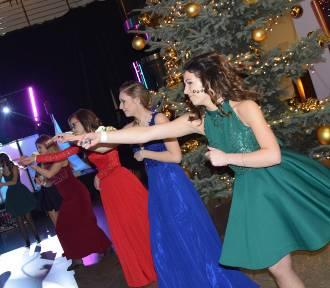 Studniówka 2018 ZS nr3 w Rybniku: Młodzi fantastycznie tańczą!  [WIDEO ZDJĘCIA]