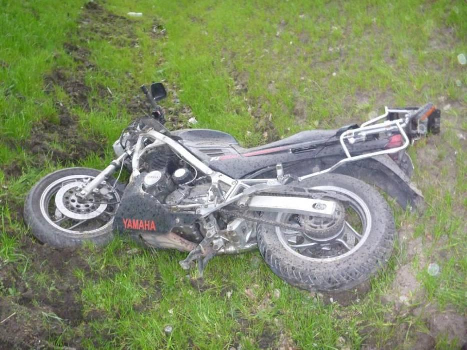 Wypadek motocyklisty na drodze nr 196