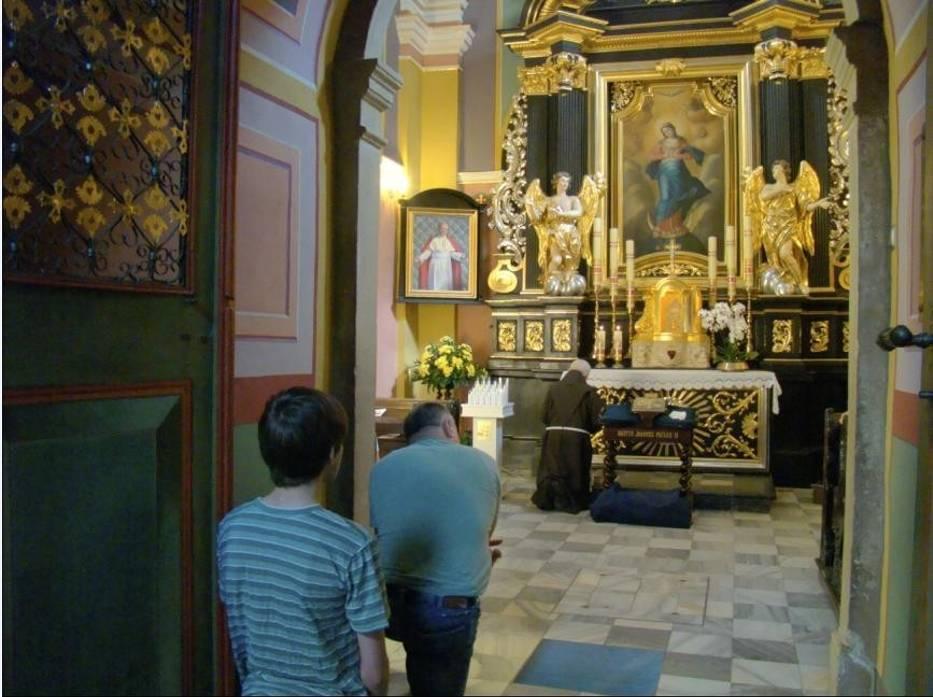 W niedzielę w klasztorze spodziewane są tysiące ludzi