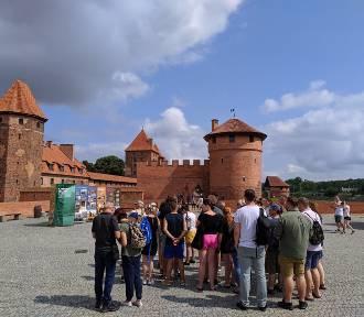 Bon turystyczny okazał się hitem lata. Mieszkańcy śląskiego wydali bonami 211 mln zł