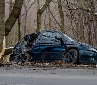 Wałbrzych: Wypadek na Sobięcinie. Jedna osoba ranna (ZDJĘCIA)