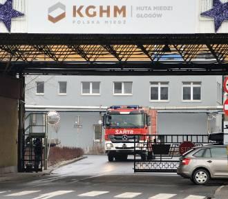 W głogowskiej hucie miedzi doszło do wybuchu. Jeden z rannych trafił na blok operacyjny [ZDJĘCIA]