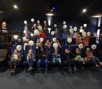 Kino za Rogiem w Stegnie. Sprawdź repertuar na październik i listopad