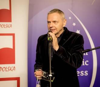 """Podczas EKG w Katowicach wręczono statuetki """"Promotor Polski""""."""