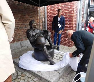 W Wałbrzychu odsłonięto pomnik Ayrtona Senny. Zdjęcia z uroczystości!