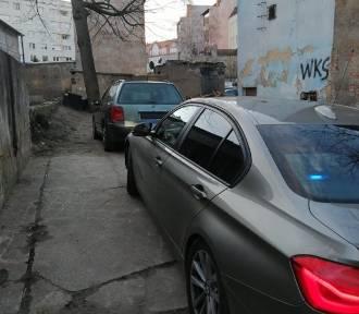 Policjanci odzyskali kolejny, skradziony samochód [ZDJĘCIA]