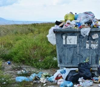 Zmiana opłat za wywóz śmieci w gminie Brodnica. Ile zapłacą mieszkańcy?