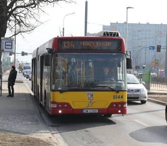 Wrocław. Na przystankach chaos, bo zaszły zmiany w rozkładzie jazdy MPK