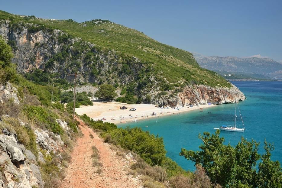 Albania - wakacje 20201 czerwca otworzyła lądowe przejścia graniczne
