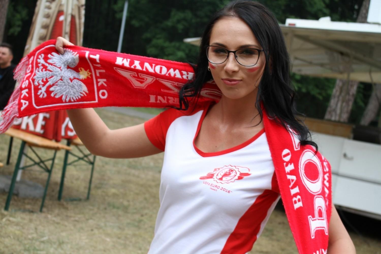 Złotowianie kibicują Polsce