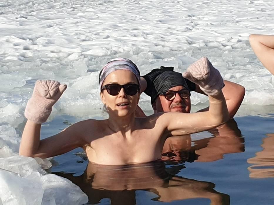 Morsy w Kamionkach Małych. Zobacz zdjęcia z ich kąpieli w jeziorze!